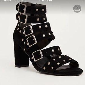 NIB Torrid Strappy Sandals Black 12 Wide Studded